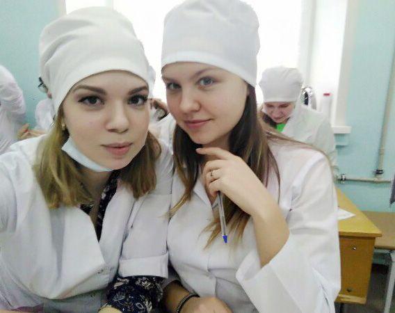 Студентки мединститута без комплексов фото
