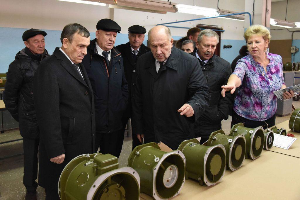 красногорский завод эл двигатель директор фото производство даже