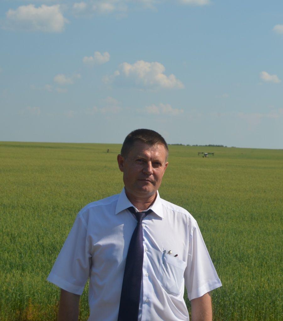Андрей Кондратенко явно не хватает взаимодействия между сельхозпредприятиями и пчеловодами.JPG