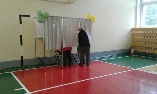 Граждане Йошкар-Олы меньше всех спешат проголосовать занового руководителя Марий Эл